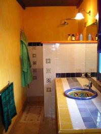 The blue suite bathroom-La dolce vita lipari