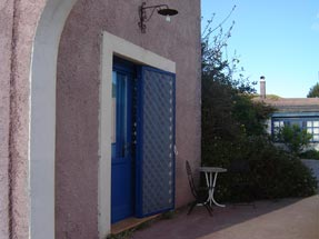 agriturismo lipari-entrance camera celeste