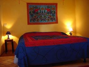 Details suite azzurra, camera celeste - bed
