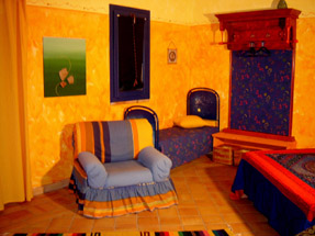Bed and breakfast la dolce vita lipari-orange room.
